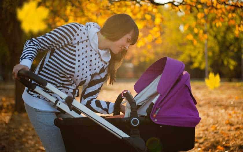Canguru x Carrinho qual a melhor opção para sair com seu bebê